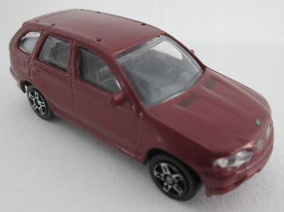 JOY CITY: BMW X5 - 1:72