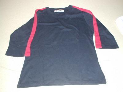 Černé tričko s krátkým rukávem