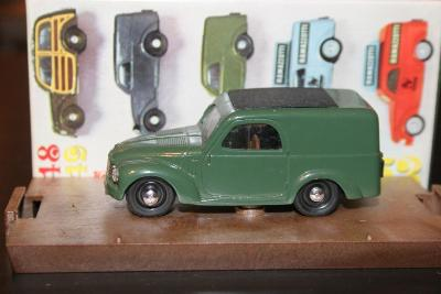 Brumm R51 1:43 Fiat 500 Furgone
