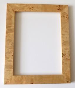 INTARZOVANÝ NOVÝ RÁM - vnitřní rozměr 18 x 24 cm č.31