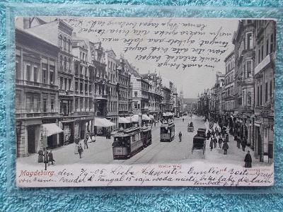 Německo Říše Magdeburg živá ulice tramvaje kočár drožka dlouhá adresa