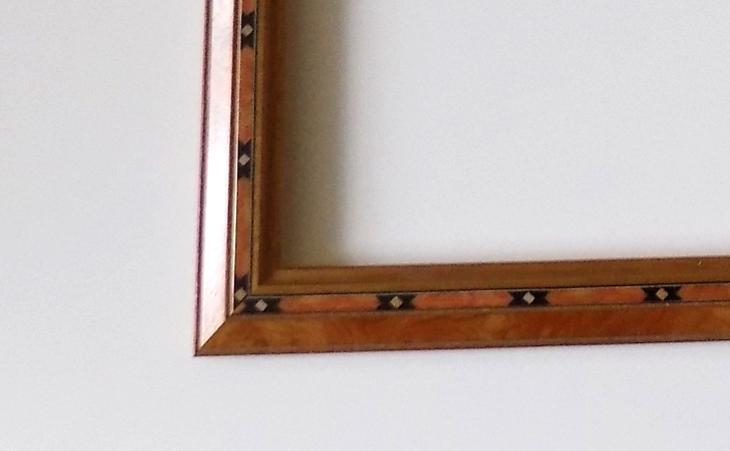 INTARZOVANÝ NOVÝ RÁM - vnitřní rozměr 30x 25 cm č.44. - Umění