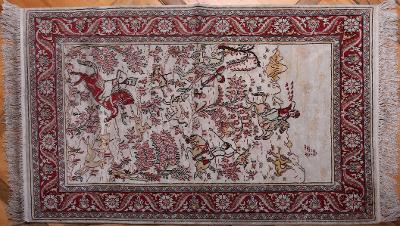 Hedvábný figurální koberec Ghoum Lovecký