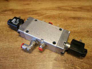 Elektromagnetický pneumatický ventil 5/2, PS B9 581-1/4