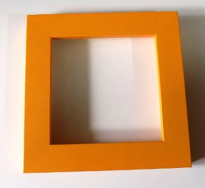 PĚKNÝ NOVÝ RÁM - vnitřní rozměr 15 x 15 cm 124