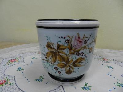 Hezký malovaný porcelánový Květináč 19st