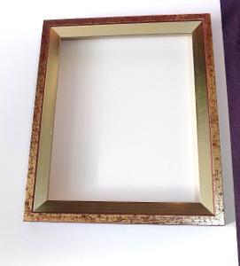 PĚKNÝ NOVÝ RÁM - vnitřní rozměr 22 x 27 cm č.137