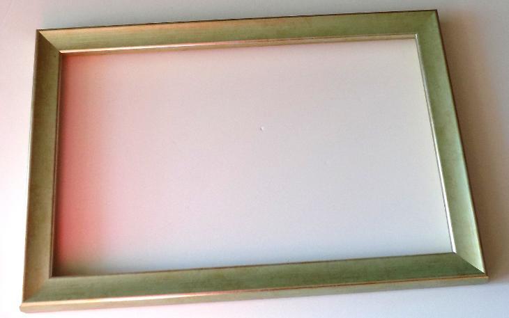 PĚKNÝ  NOVÝ RÁM - vnitřní rozměr 25 x 40 cm  č.276 - Umění