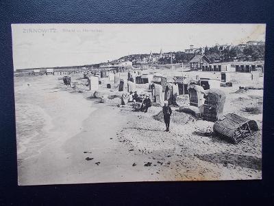 Německo Říše Baltské moře pláž koše Zinnowitz lázně lidé živá 1905