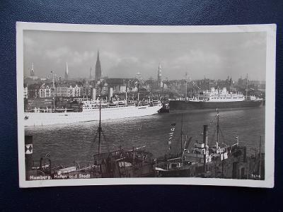 Německo Říše Hamburg přístav námořní lodě parník letadlo továrna tábor