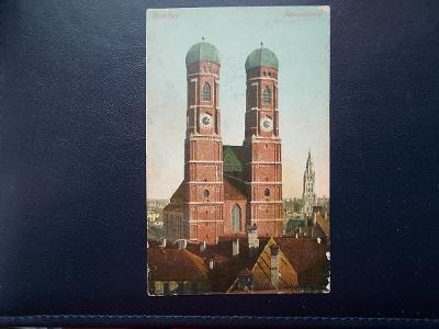 Německo Mnichov München katedrála Frauentürme kostel Lazce Troubelice