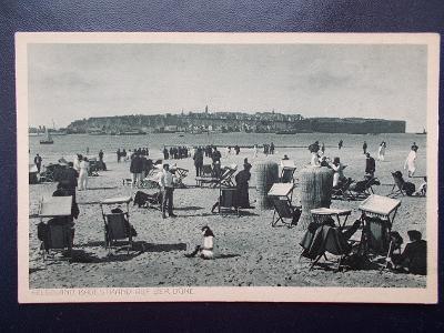 Německo Říše Helgoland ostrov Dánsko Anglie Sever moře pláž koše lidé