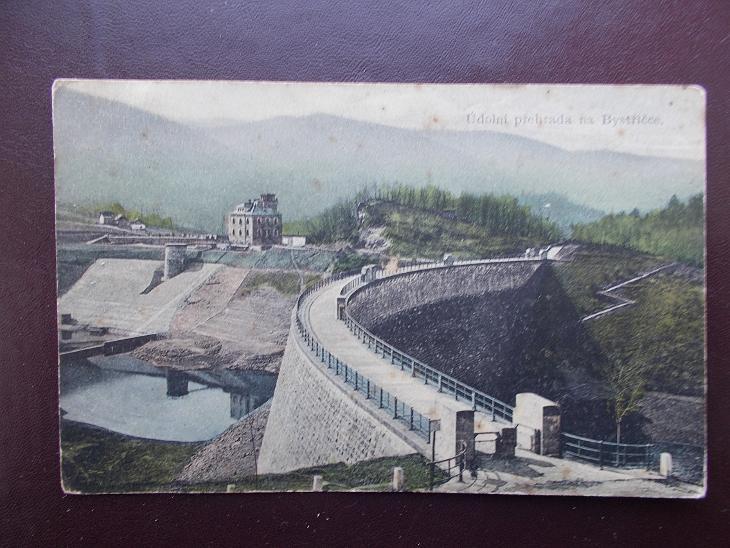Vsetín Bystřička Valašské Meziříčí přehrada hrázný domek stavba koryto - Pohlednice