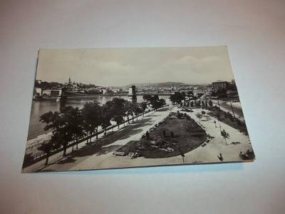 Budapest - Maďarsko (B63)