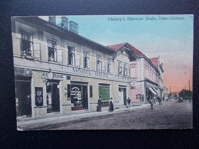 Karviná Starý Bohumín Oderberg ulice obchody nábytek Pěkná