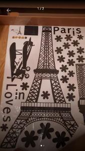 Samolepka na zeď, Loves in Paris