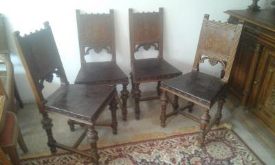 Staré židle.