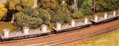 PERESVET 3806 Sada 3 vozů plošinových svitky plechů SZD Ep.IV TT 1:120