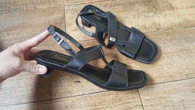 kožené sandály Rieker vel.41