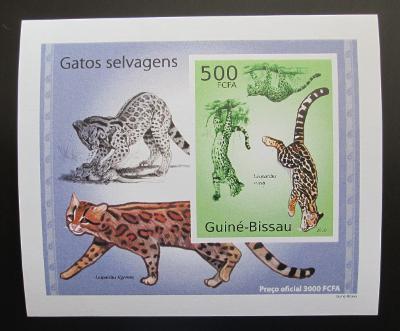 Guinea-Bissau 2010 Kočkovité šelmy DELUXE neperf Mi# 5044 B Block 1482