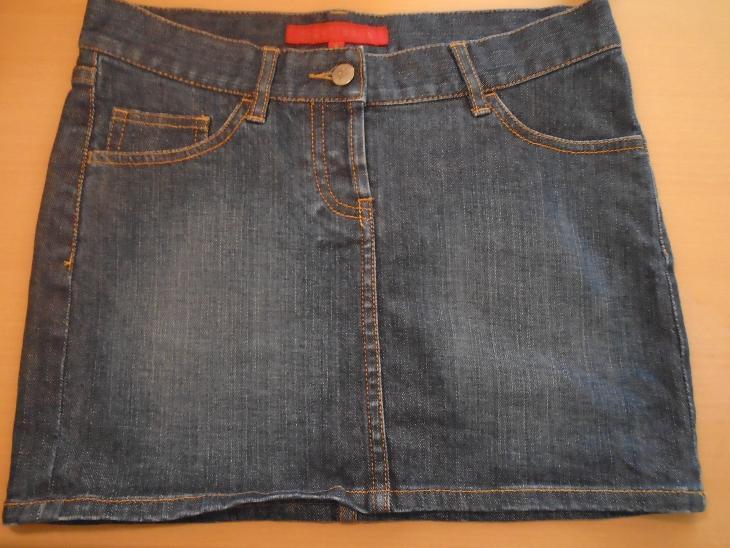 Džínová mini sukně FCUK,v. M - Dámské oblečení