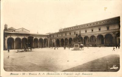 FIRENZE - Piazza S. S. Anunziata - Itálie