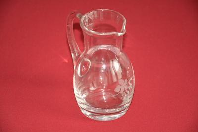 džbánek, hutní sklo, na víno 0,2l