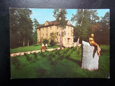 Karviná  3 Darkov lázně sanatorium Maryčka socha