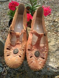 Krásné Dámské Vintage Kožené Boty Sandále Manitu Vel. 37