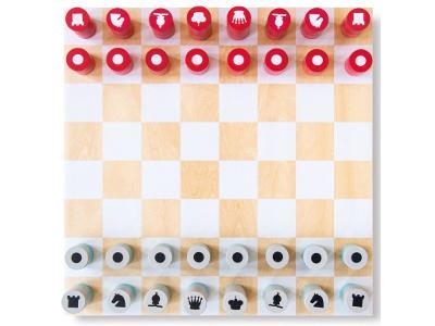 Šachy v moderním stylu, desková hra ze dřeva