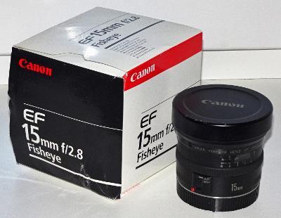Objektiv Canon EF 15mm, f/2,8 Fish-Eye (rybí oko)