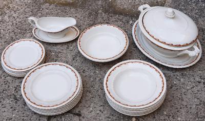 Krásný porcelánový jídelní servis pro 6 osob Thun 1.republika