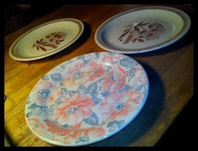 starý porcelán - Talíř 3x  /979
