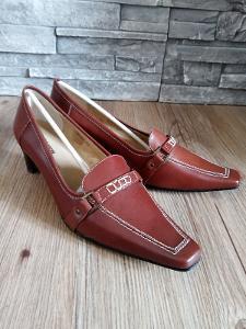 Výprodej! Dámské boty vel.38