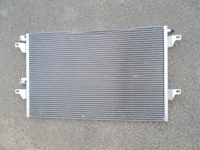 * Renault Espace IV.  r.v.02-04    chladič klimatizace