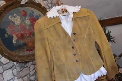Luxusní kožené sako jemně vyšívané