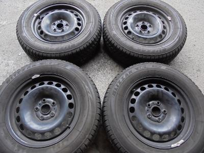 215 65r16 zimní Bridgestone+16 plech  VW Tiguan, Audi Q3, ET 33 4kusy