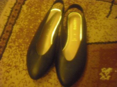 kožené boty s volnou patou vel. 38