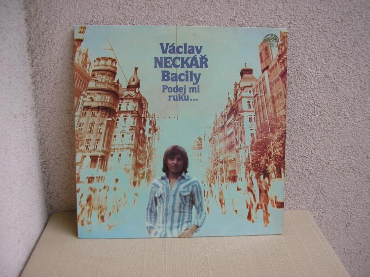 Václav Neckář-Podej mi ruku - Hudba
