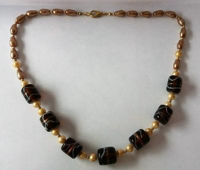 cca 54 cm dlouhé retro sklo & perly náhrdelník bižuterie