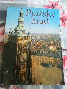 Pražský hrad - krásná velká kniha, zajímavé fotky na pěkném křídovém