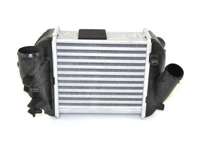 Chladič turba - intercooler AUDI A4 B6 B7 - 2.5 TDI 2000-2006
