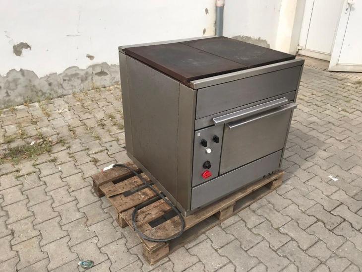 Elektrický sporák s troubou - Vybavení obchodu