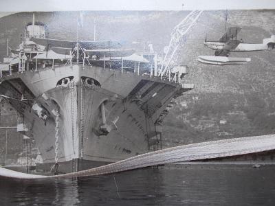 Přístav Kotor II. světová válka letadlová loď aeroplan hydroplán rarit