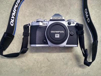 FOTOAPARÁT OLYMPUS E-M5 MARK II *83/09/19