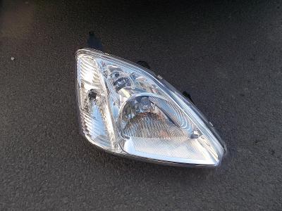 Honda CIVIC VII 3/2001-02 PRAVÉ PŘEDNÍ SVĚTLO H4 (EL. OVLÁDANÉ) 3/5DV.