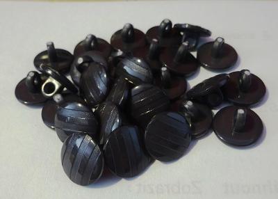 černé žíhané knoflíky 27 ks