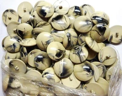 knoflíky velké vypouklé smetanovočerný melír 79 ks