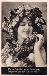 Žena * hroznové víno, plody, portrét, gratulační * M5270