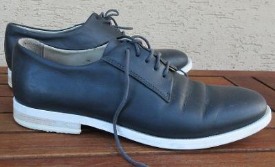 Kožené boty zn. COS, Portugal vel. 38